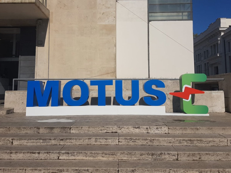 Motus-E